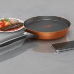 スマホとリンクして料理のサポートをしてくれるフライパン「SmartyPans」