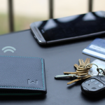スキミングブロック機能もついた忘れ物防止機能付き財布「Walli」
