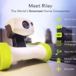 iPhoneで操縦する500万画素カメラ搭載のタンク式WiFiロボット「Riley」