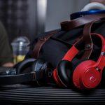 サウンドを聴き取り易い音質に自動的イコライズしヘッドホン障害から耳を保護するAIヘッドフォン「EDGE」