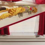 普通の家庭の普通の窓枠に簡単に取り付けられる脱出用ハシゴ「Rescue Ready RetroFit」