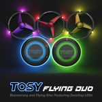 "<span class=""title"">LEDで光るから暗くなっても安心!!飛ばすだけでなく新しい遊びを提案するフリスビー「TOSY Flying Duo」</span>"